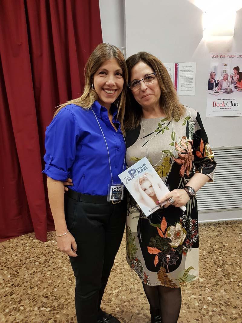 Presentación-Puentes-de-papel-en-evento-literario-Mainu-Barcelona